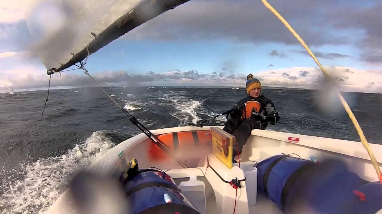 opti-sailing-with-30-knots